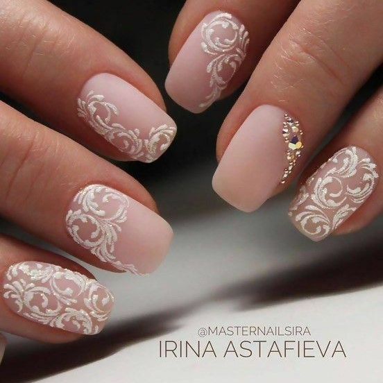 Lace-Like Nail Art Design for a Vintage Vibe